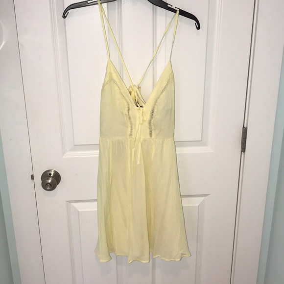 Forever 21 Dresses & Skirts - Yellow Lace Up Sun Dress